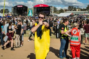 Festival Review: Groovin' The Moo – Bendigo Showgrounds (06.05.15)