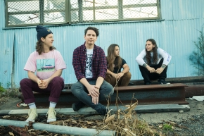 Violent Soho release new single 'No Shade'