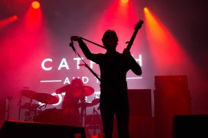16-12-31-day-3-11-catfish-and-the-bottlemen